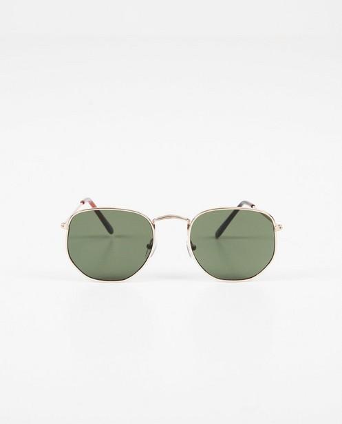 Zilverkleurige zonnebril - metalen montuur - JBC