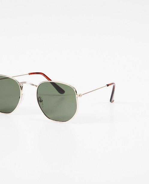 Zonnebrillen - Zilverkleurige zonnebril