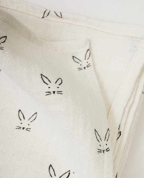 Babyspulletjes - Witte tetradoek met konijntjes