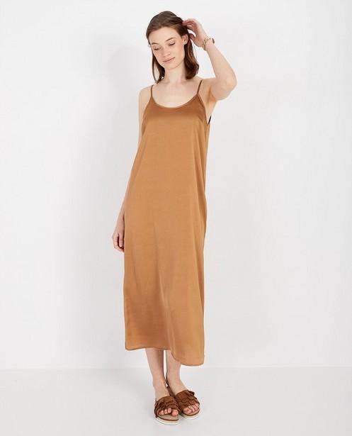 Cognackleurige jurk Karen Damen - recht model - Karen Damen