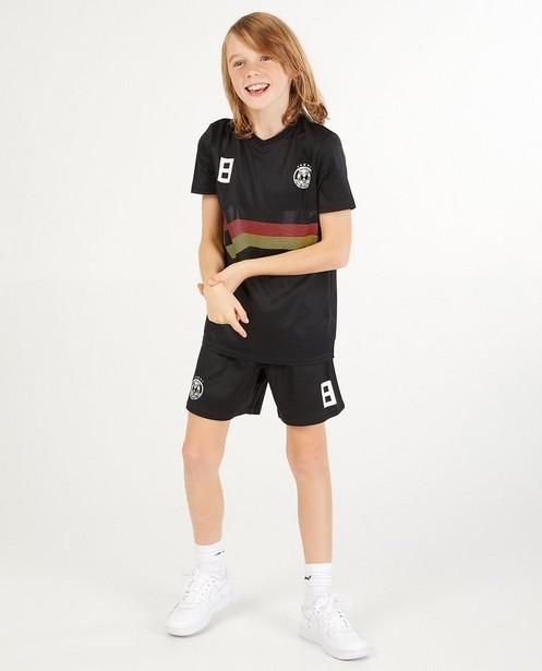 Tenue de foot noire, 7-14 ans - n° 8 - JBC
