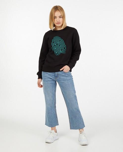Zwarte De Mol-sweater, Studio Unique - personaliseerbaar - De Mol