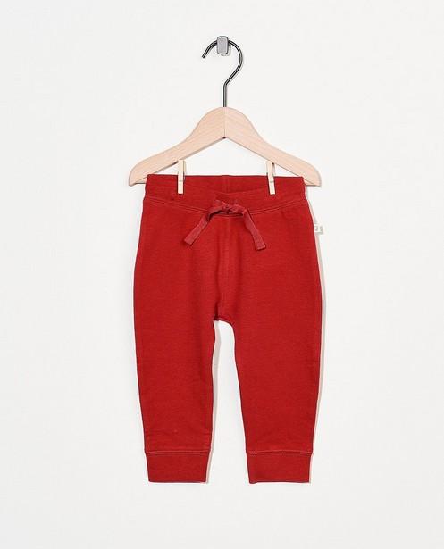 Rood sweatbroekje van biokatoen - stretch - Cuddles and Smiles