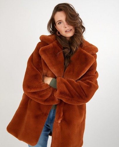 Manteau brun en fausse fourrure Sora