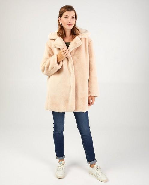 Manteau beige en fausse fourrure Sora - modèle long - Sora