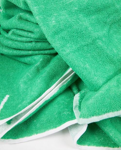 Bonneterie - Serviette de bain verte anti-coronavirus