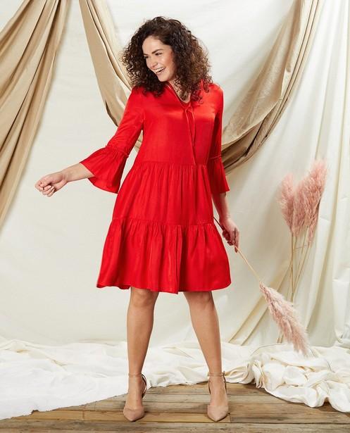 Robe rouge Sora - avec des ruches - Sora