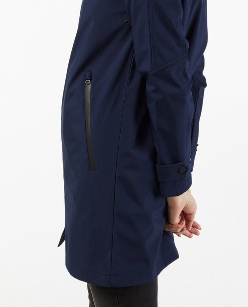 Trench-coats -