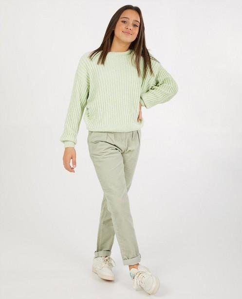Pull vert pâle en fil chenille - en tricot - Groggy