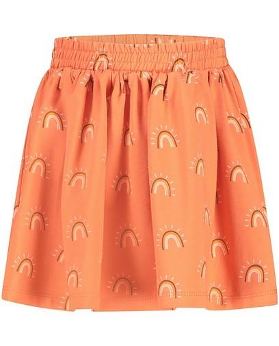 Oranje rok met regenboogprint