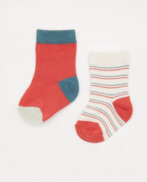 Set van 2 paar babykousjes - wit en rood - Newborn