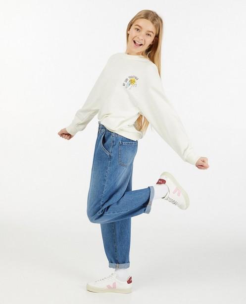Offwhite sweater met print - voor & achter - Groggy