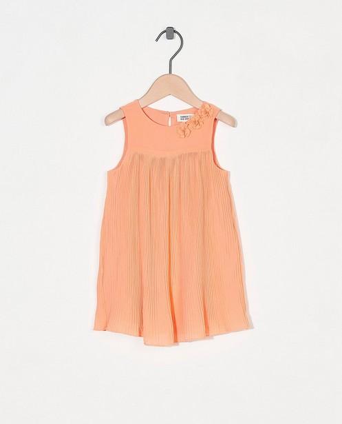 Robe orange avec des fleurs Fête - effet plissé - Cuddles and Smiles
