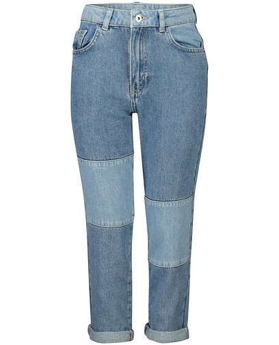 Mom jeans met mixed denim Nour en Fatma