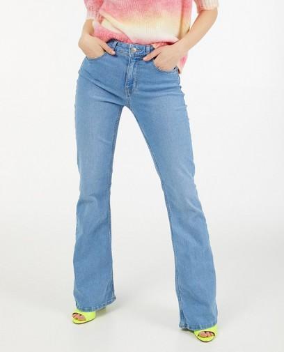 Jeans à pattes d'éléphant bleu Pieces