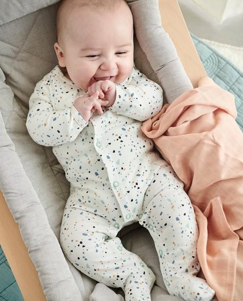 Pyjama blanc avec des taches de couleurs - avec et sans pieds - Cuddles and Smiles