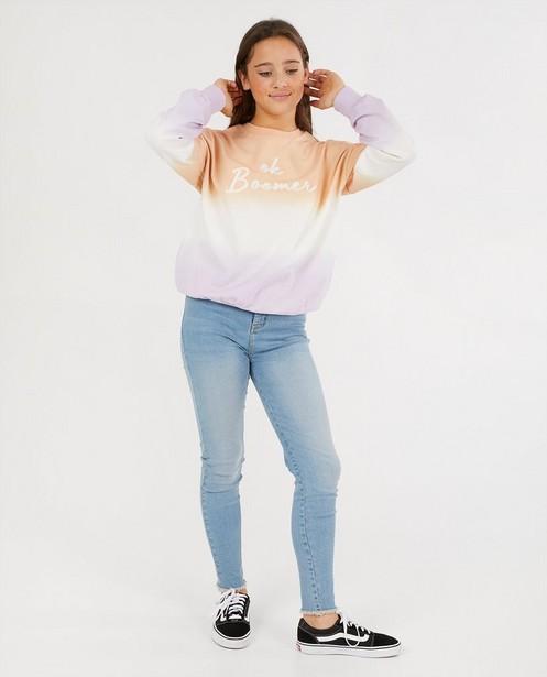 Sweater met gradiënt en opschrift - in wit - Groggy
