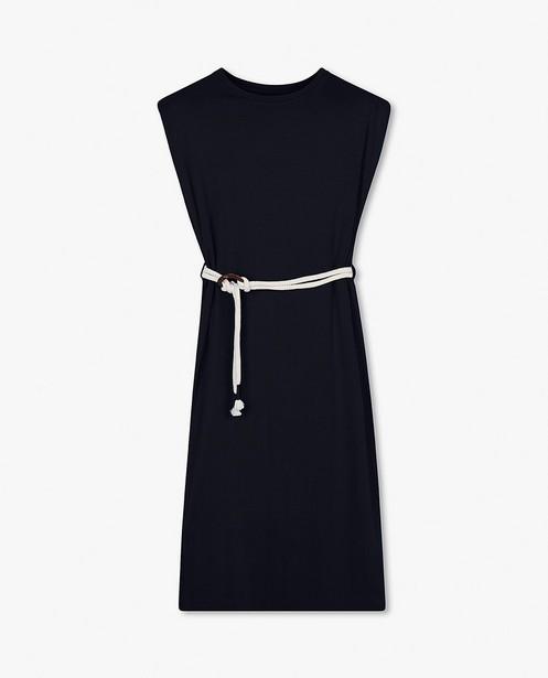 Donkerblauwe jurk met riem BESTies - met schoudervulling - Besties