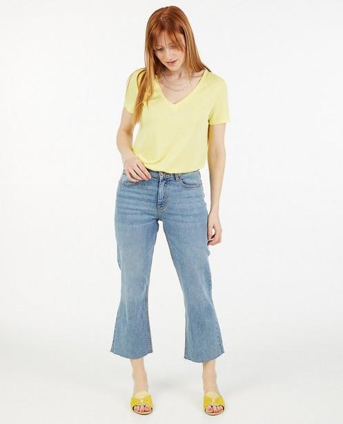 T-shirt jaune avec un col en V Sora - en viscose - Sora