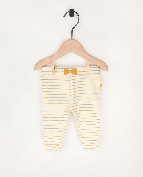 Wit broekje met strepenprint - met strikje - Newborn