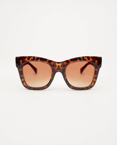 Bruine zonnebril - met print - JBC