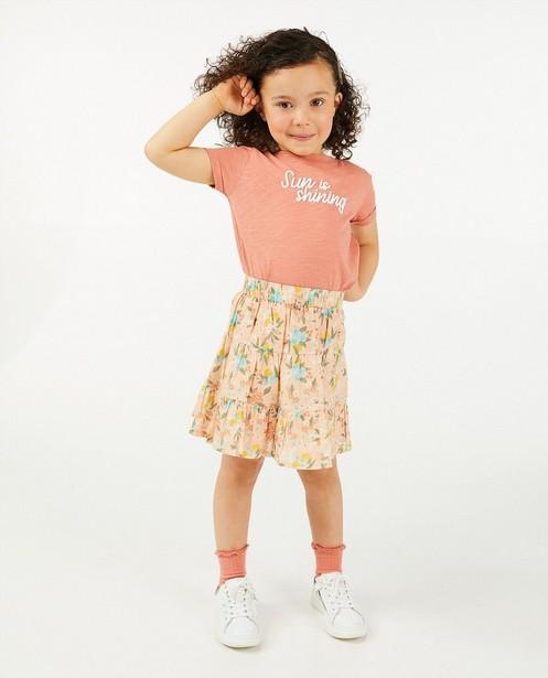Roze T-shirt met opschrift - geborduurd - Cuddles and Smiles