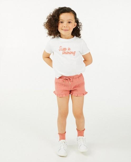 Wit T-shirt met opschrift - geborduurd - Cuddles and Smiles