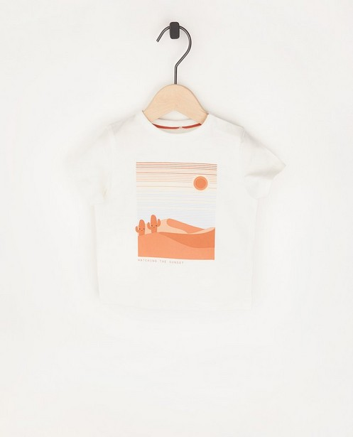 Biokatoenen T-shirt met print - en opschrift - Cuddles and Smiles
