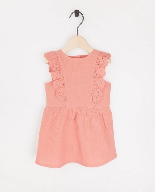 Roze jurkje van tetrastof - met kant - JBC