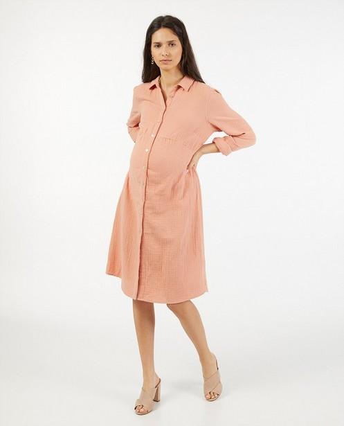 Roze jurk van tetrastof JoliRonde - doorknoopjurk - Joli Ronde