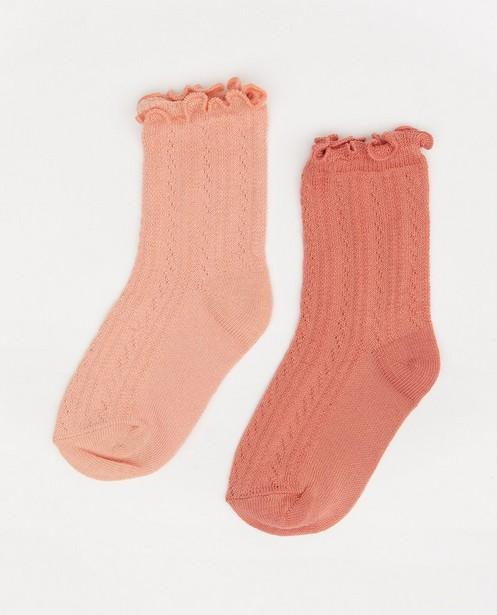Lot de 2 paires de chaussettes roses pour bébés - avec des ruches - Cuddles and Smiles