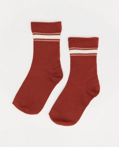 Chaussettes brunes à relief côtelé