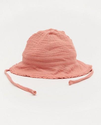 Chapeau rose en matière tétra