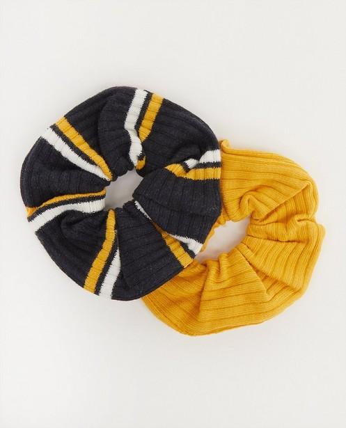 Set van twee scrunchies - effen en gestreept - Besties