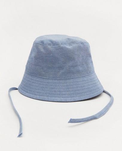 Chapeau bleu en chambray