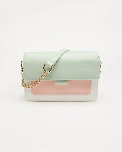 Handtas met pastelkleuren