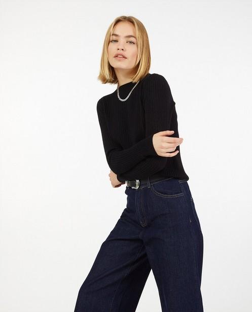 Pull noir à motif tricoté - fin tricot - Ella Italia