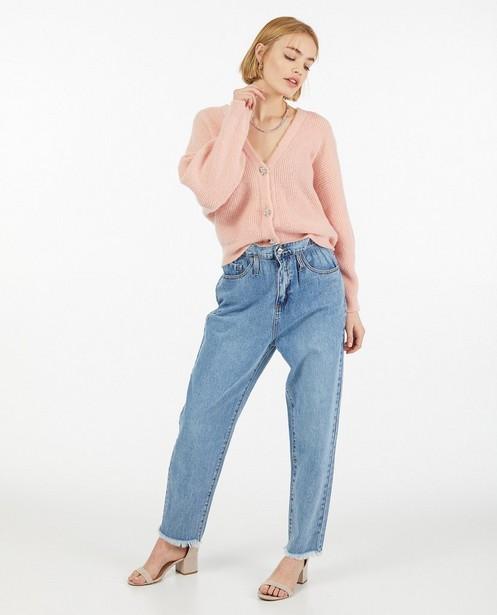 Cardigan rose avec des boutons décoratifs - fin tricot - Ella Italia