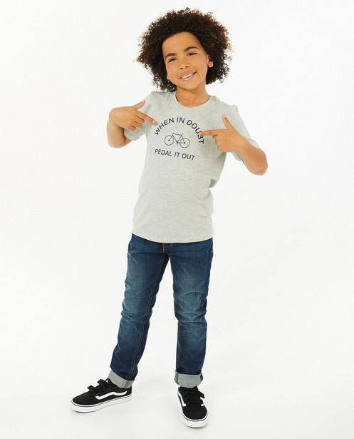 T-shirt gris avec imprimé BESTies - avec du stretch - Besties