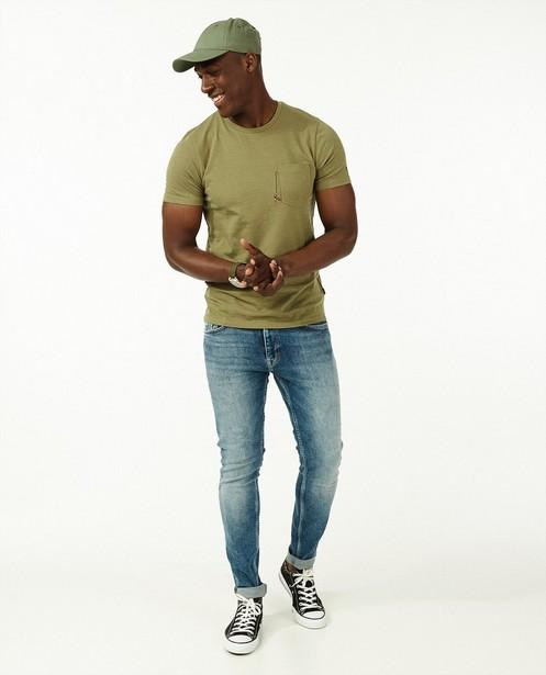 Biokatoenen T-shirt met borduursel - op de borst - Quarterback
