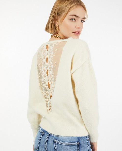 Offwhite trui met kant - van fijne brei - Paris