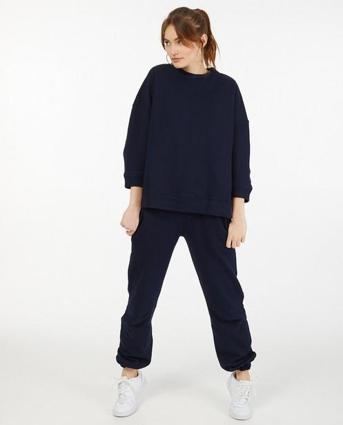 Donkerblauwe sweater Ella Italia - met wijde fit - Ella Italia