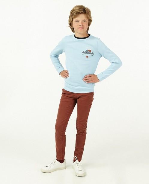 Lichtblauwe sweater Campus 12 - met print - Campus 12