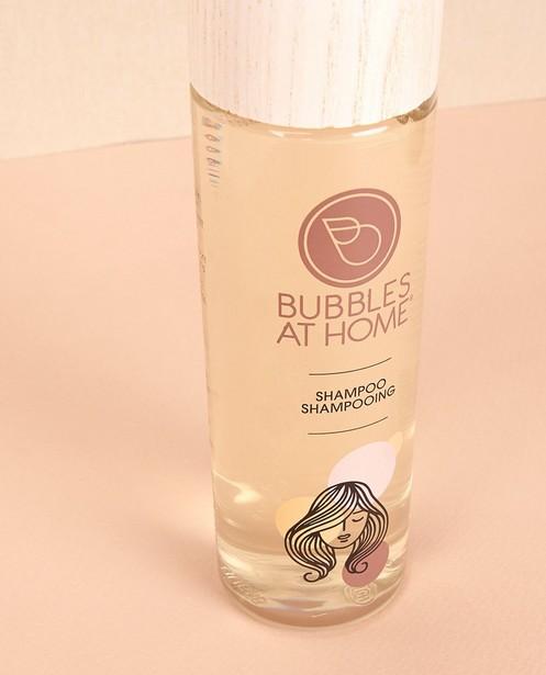 Gadgets - Zacht reinigende shampoo Bubbles at Home