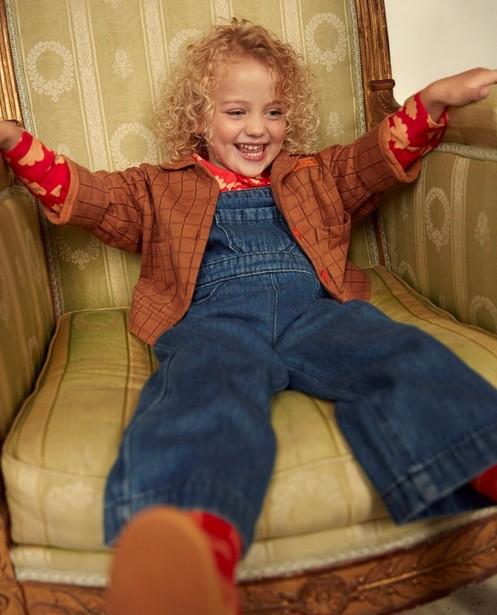 Blauwe jeanssalopette fred + ginger - met rode knopen - Fred + Ginger