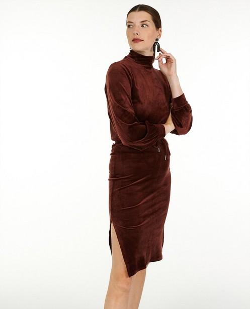 Jupe brun rouge en velours côtelé Sora - avec une fente - Sora