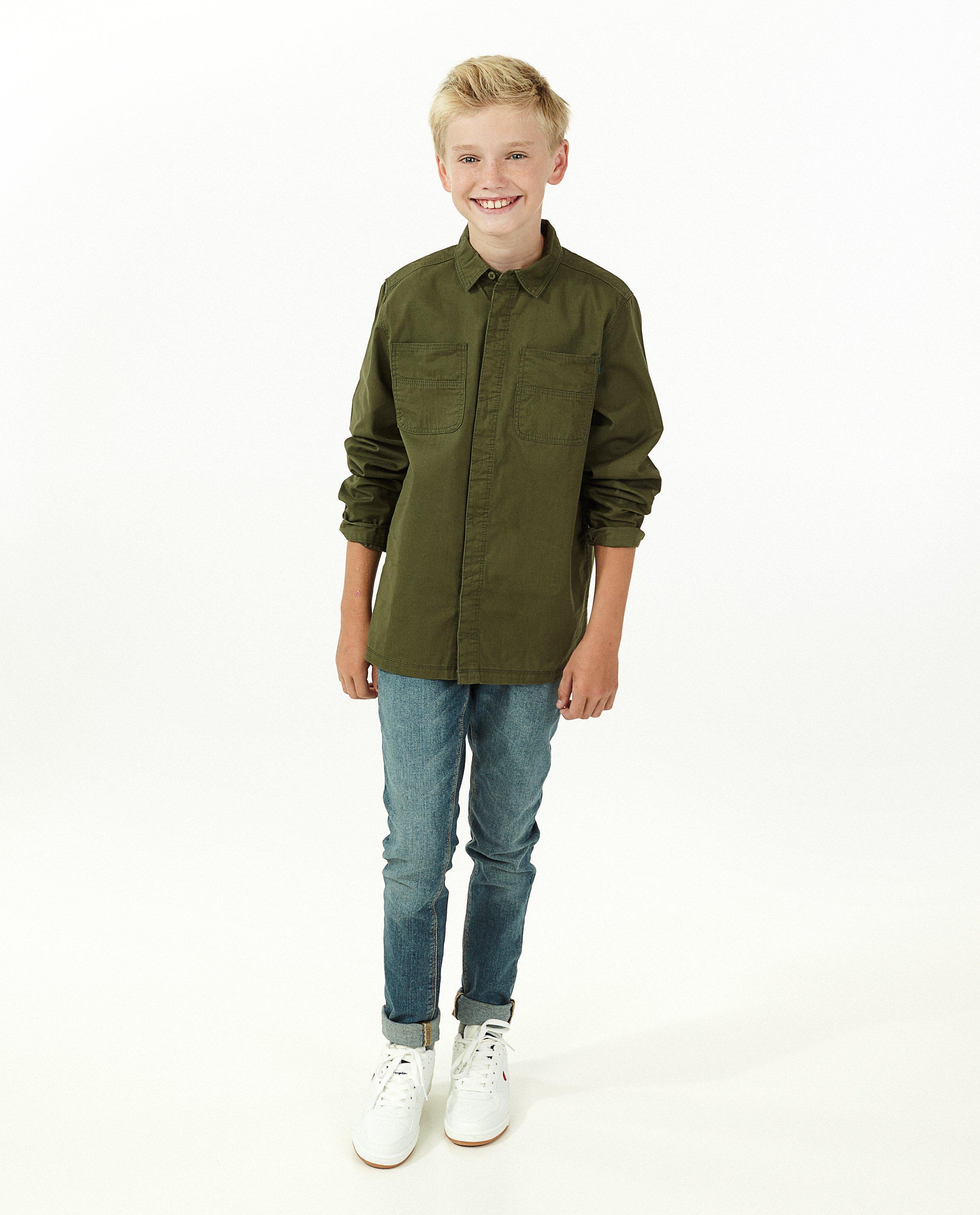 Chemise verte #LikeMe - avec des poches de poitrine - Like Me