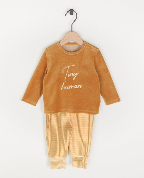 Unisex pyjama met opschrift - 'tiny human' - Cuddles and Smiles