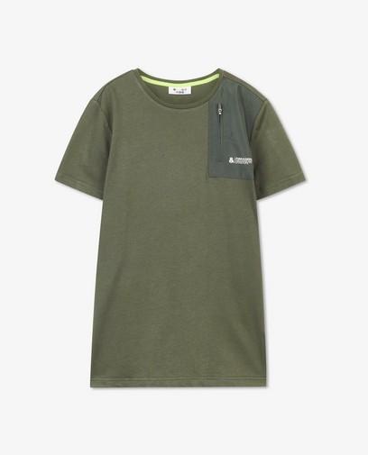 T-shirt vert avec poche de poitrine