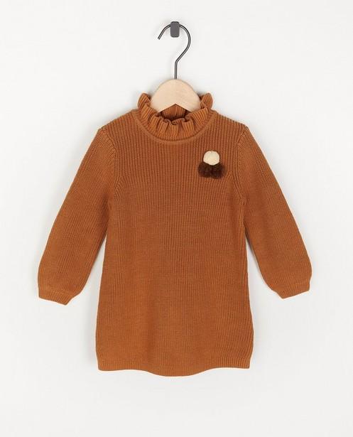 Robe brune avec des petits pompons - en fin tricot - Cuddles and Smiles